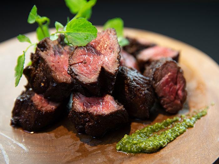 ブラックアンガス牛ハラミ肉のグリル
